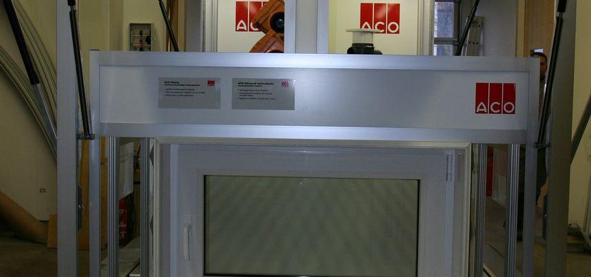 ACO Passavant - Produktpräsentationsanhänger