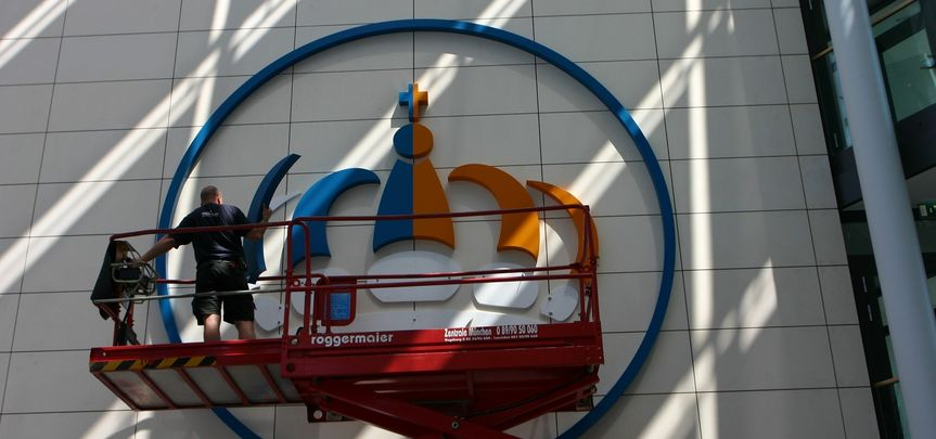 Münchner Hypothekenbank Fassaden-Logo